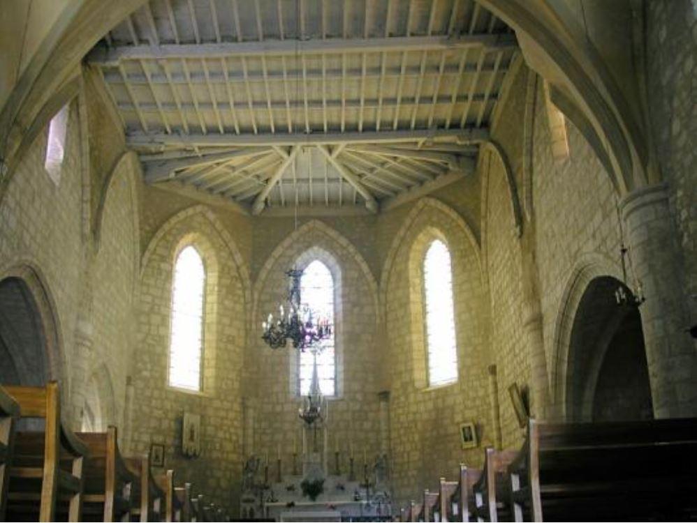 Maubec église le choeur
